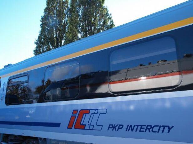 Śmiertelne potrącenie przez pociąg Intercity PKP
