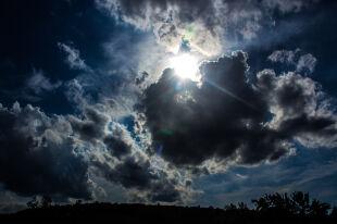 Słońce, ale lunie deszcz i zagrzmi