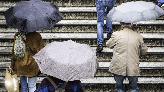 Prognoza pogody na dziś: opady. Lokalnie tylko pięć stopni