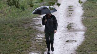 Pogoda na dziś: deszcz, porywisty wiatr i maksymalnie 16 stopni Celsjusza